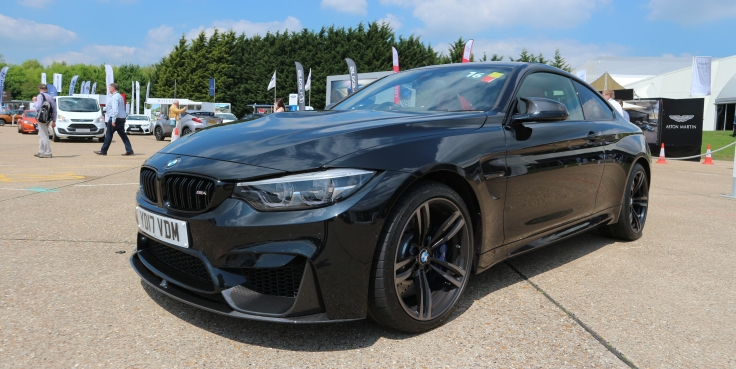 The Awesome BMW M4 Competition Pack